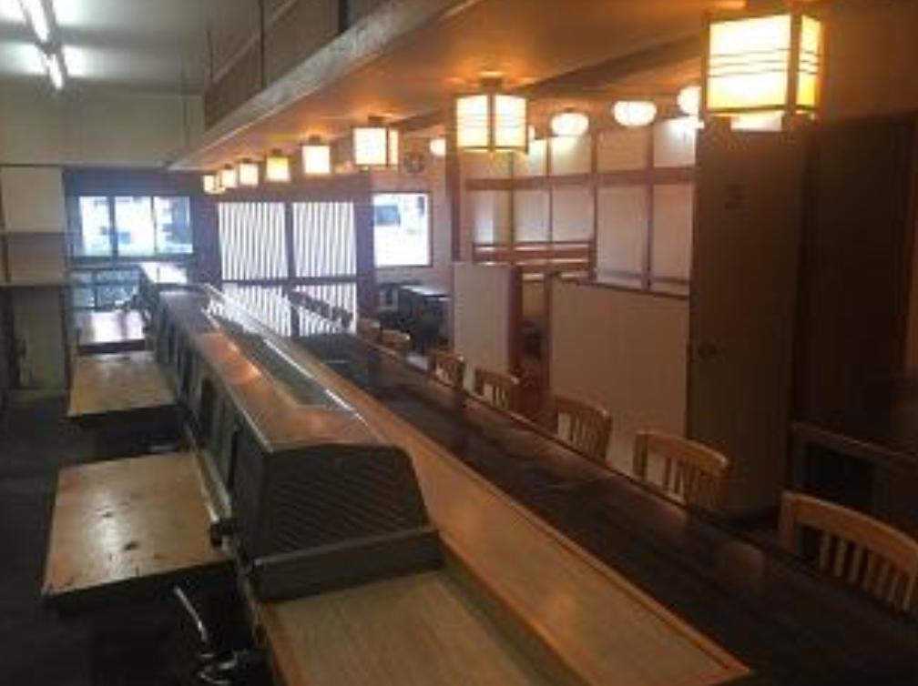 【阪東橋駅】より徒歩4分/寿司屋さんの居抜き物件/1階店舗です!